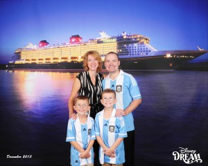 DDR-131216-Night_Ship_8x10-8520709